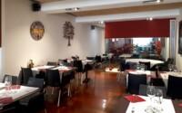 Restaurant interior Pàgina